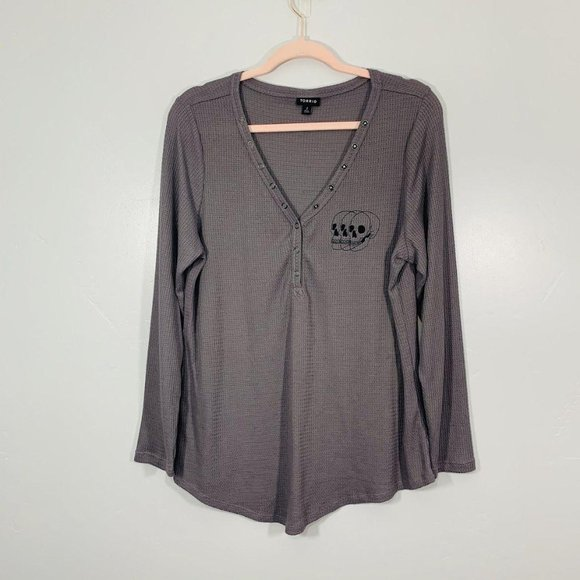 TORRID Dark Gray Snap Button Deep Long Sleeve